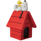 Medicom VCD-261 Snoopy and Woodstock on the Dog House Figure