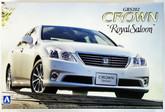 "Aoshima 49389 Toyota Crown Royal Saloon"" (GRS202) 2010 1/24 scale kit"""