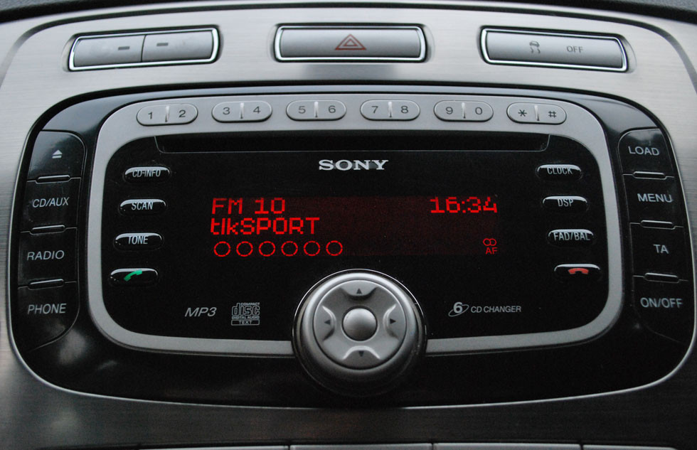 car dab radio convert car to dab with this in car dab radio. Black Bedroom Furniture Sets. Home Design Ideas