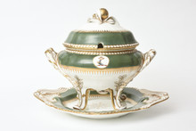 19th Century Spode, England Tureen and Under Tray. Hunter Green