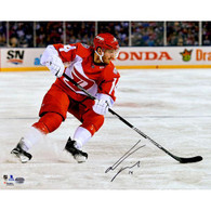 Gustav Nyquist Detroit Red Wings Autographed Stadium Series 16x20 Photo
