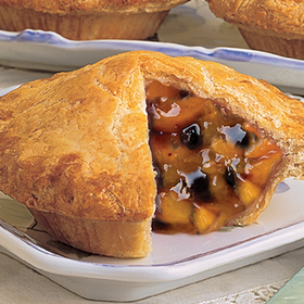 Linn's Fresh Baked, Single-Serving Peach-Blueberry Pie