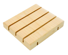 Extend the life of your soap with this natural cedarwood soap dish.  Using a soap dish allows your handcrafted soap to stay dry between uses.