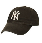 "Yankees Black ""Franchise"" Fitted Cap"