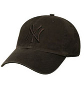 "Yankees Black/Black ""Franchise"" Fitted Cap"