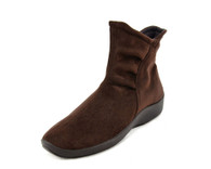 Arcopedico L19 vegan shoe