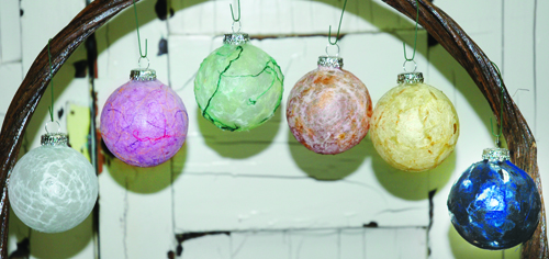handmade-paper-ornaments-hanging-color-500.jpg