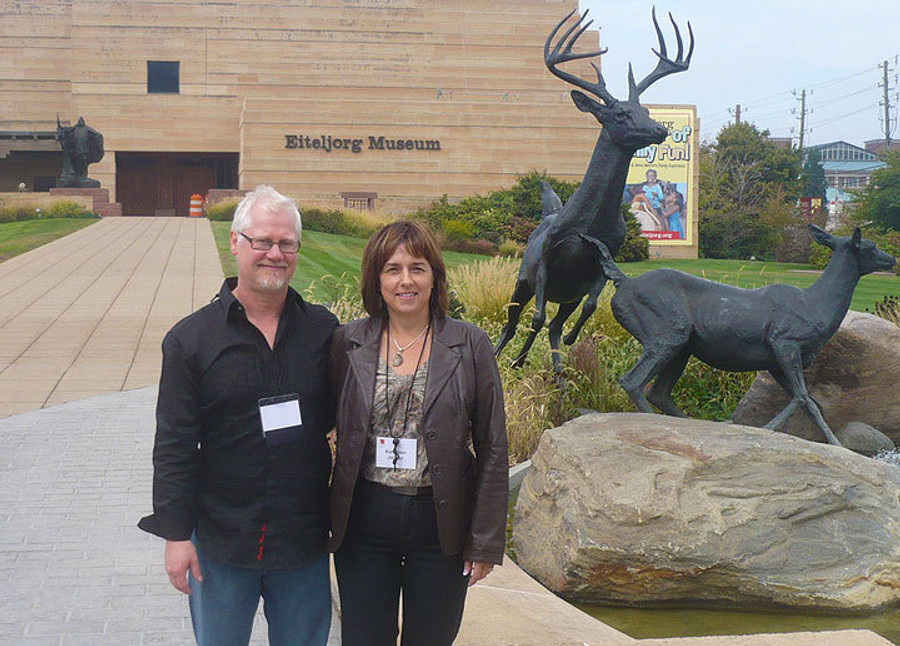 Terry Isaac and his wife Kathleen at theprestigious Quest for the West  show in Indiana (Eiteljorg Museum)