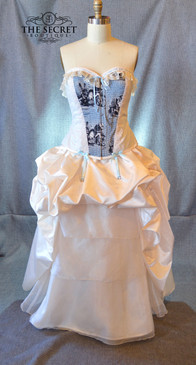 Alice and Wonderland steampunk bridal gown