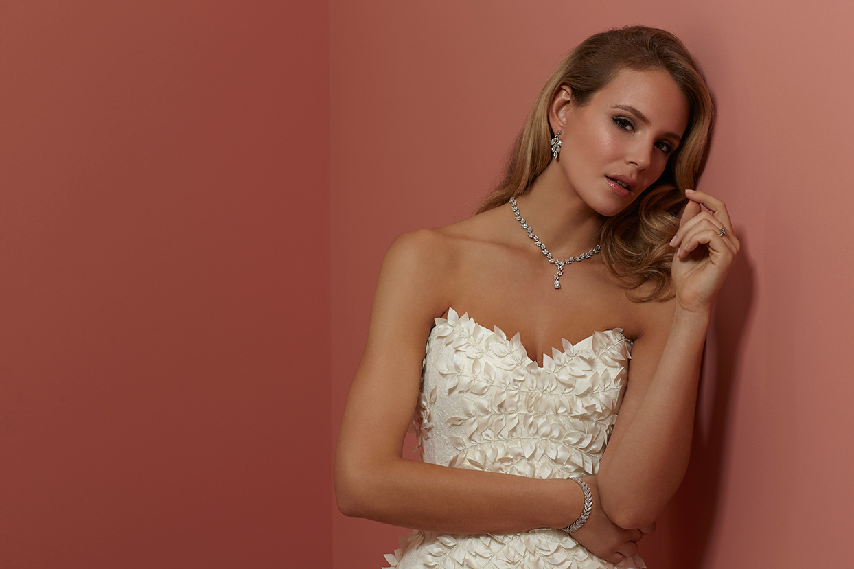 sassi-holford-dita-dress-with-diamante-necklace-by-girls-love-pearls.jpg