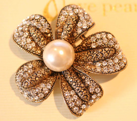 Cora vintage inspired gold accent pearl and crystal brooch 5