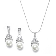 Art Deco style earring and necklace set with pearls and c.'s.