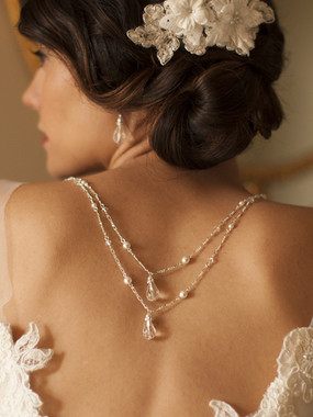 Backdrop bridal necklace