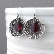 Contrast Earrings Garnet