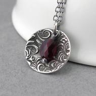 Contrast Necklace Garnet
