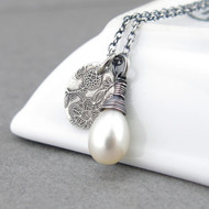 Solo Necklace - Freshwater Pearl and Sterling Silver