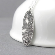 Elena Necklace - Romantic Flower & Vines
