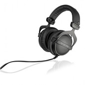 Beyerdynamic DT 770 PRO 32 Studio Headphones (32 Ohm)