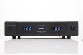 Furman Elite-15 DM i Linear Filtering AC Power Source - Front