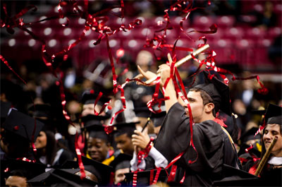 graduation-confetti-streamers-4.jpg