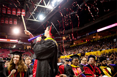 graduation-confetti-streamers.jpg