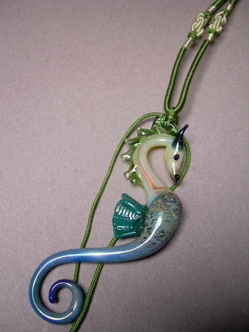 Sea horse jewelry pendant