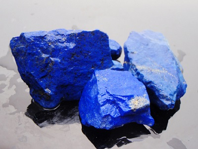 Blue Sapphire And Lapis Lazuli A Brief History Of Stones
