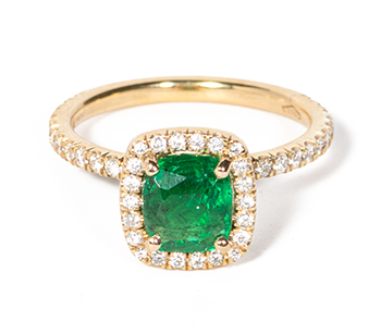 Emerald Ring in gold