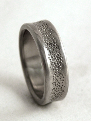 pebble ring