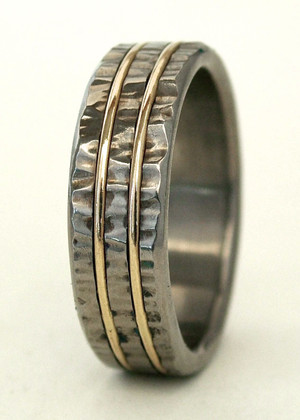 little hammer textured titanium ring with double 1mm gold inlay