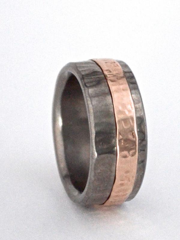 Offset 3mm 14K rose gold inlay