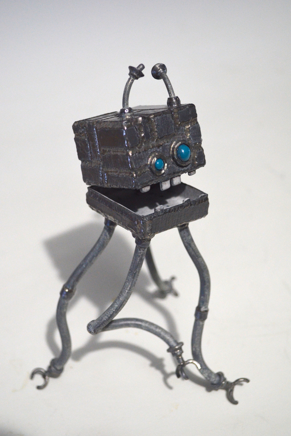 Odd Box 7: Emmet