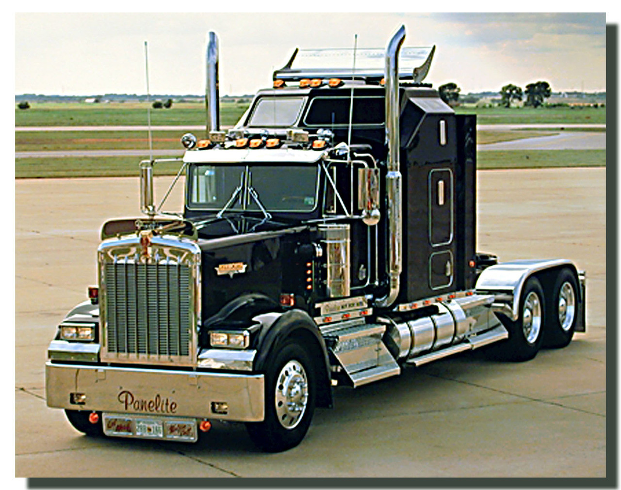 Reshaping The Dry Van New Laws New Tech And Pressure From Fleets Guiding Trailers Future besides Trailer Axle Width Chart takwBroSXtScti53r4iEcjlT9BJI6 Sw6o5Qkfz Lk0 furthermore Peterbilt Hauler Registered As 69881 furthermore Watch This Oblivious Semi Truck Driver Drag A Car Down The Highway moreover 4010hk Rear Tip Tracked Dumper. on semi tractor trailer weight