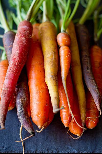 Organic Rainbow Carrots Carrot Rainbow Blend og