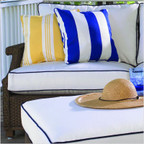 Hamptons Right Arm Sectional Seat Cushion
