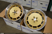 WORK Seeker DX (GLD) (2) 18x9.0 +30 / (2) 18x10.0 +30 5x112