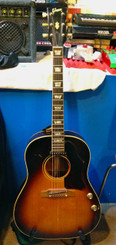 Used Gibson j-160e (1968) with HSC SOLD...