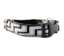 Grayscale Chevron Dog Collar