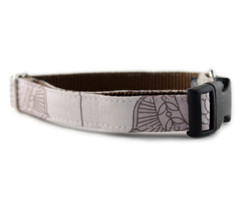 Mocha Bloom Dog Collar