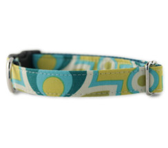 Green Bloom Dog Collar