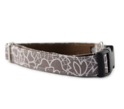 Mocha Lace Dog Collar