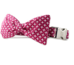 Raspberry Tiny Dot Bow Tie Dog Collar