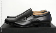 Mens Leather lined Slip on Dress shoe in Black from Goor