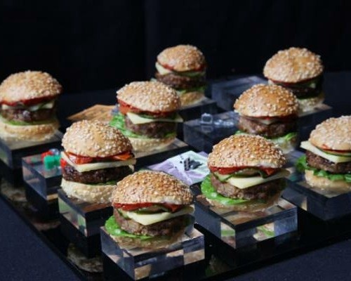 mini-burger-buns-serving-suggestion.jpg