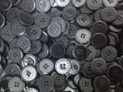 GENUINE LEATHER BUTTONS-4 HOLE