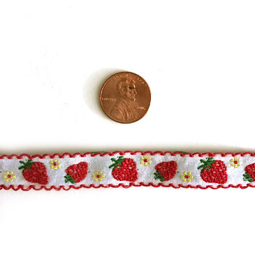 "Strawberry 1/2"" Embroidered Ribbon"