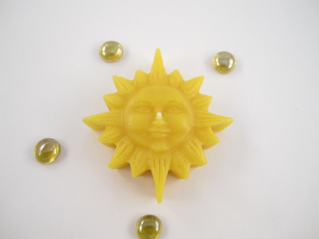 Beeswax Floating Rustic Sun Candle in Natural