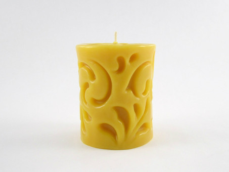 Beeswax Solid Swirl Pillar Candle in Natural