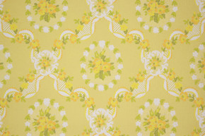 1970's Vintage Wallpaper Yellow and Orange Flower Bouquets