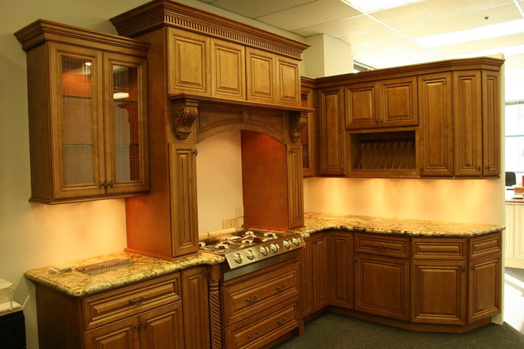 Kitchen Cabinets  Cinnamon Maple  Craftsmen Network